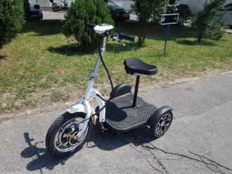 Electric tricycle 20